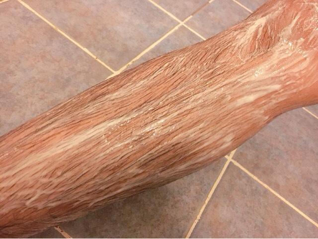 除毛クリームを塗りすね毛が溶けるまで5~10分待つ