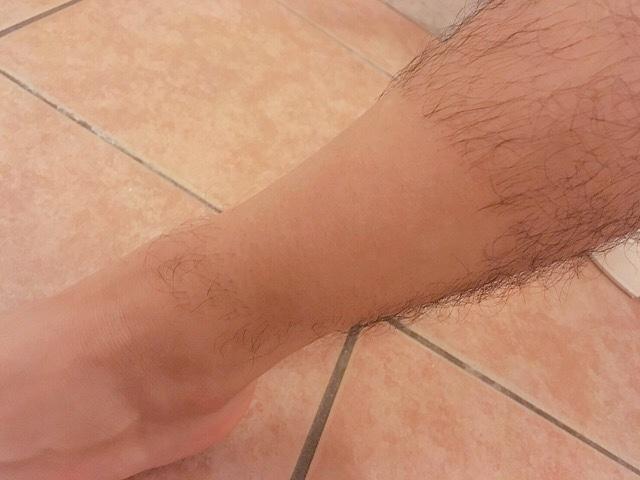 ブラジリアンワックスで男の「すね毛」を処理してみた結果【写真つき】